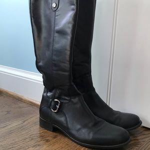 La Canadienne Black Boots